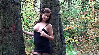 Tindra Frost - Dildo in the Woods